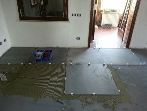 lavorazione pavimenti e rivestimenti
