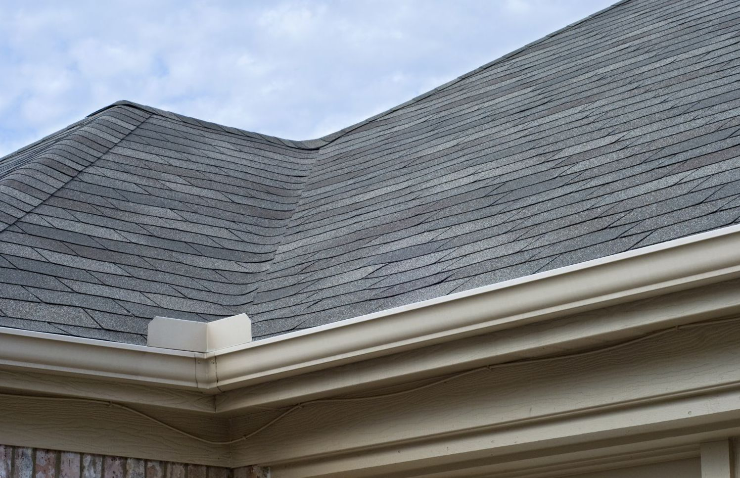 A new gutter and roof system in Bangor, WI