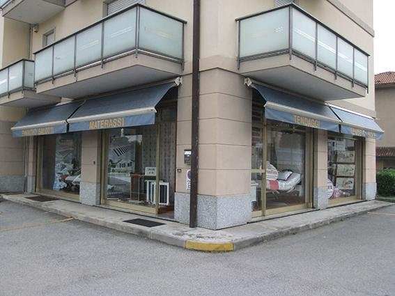 negozio Castelnuovo