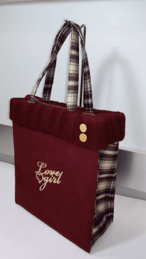 Shopping in tessuto con bordo in lana Love Girl
