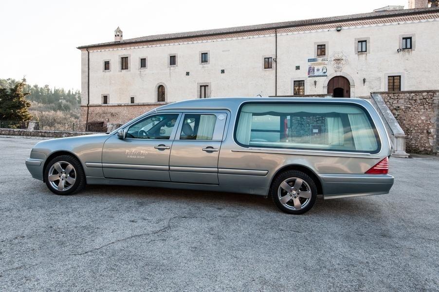 auto per funerali