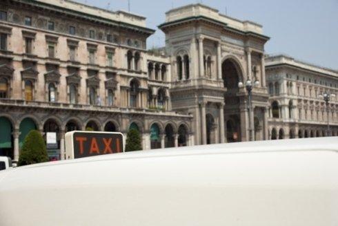 Taxi con servizio festivo e trasporto animali