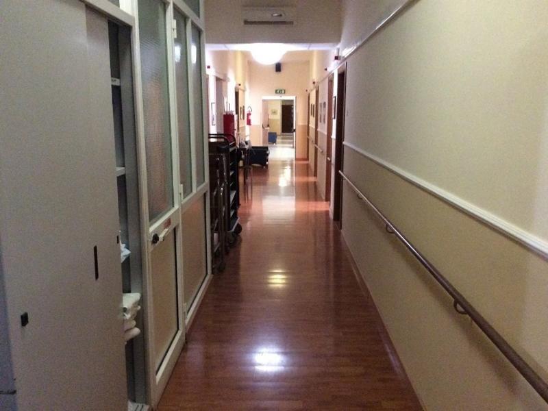 corridoio casa di riposo
