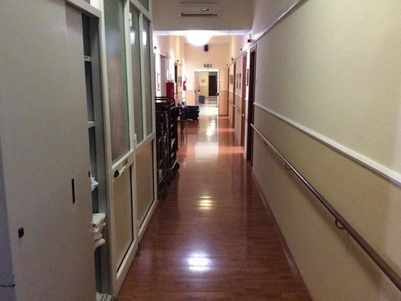 corridoio centro assistenza anziani