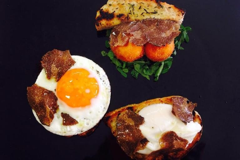 tris uovo con tartufo