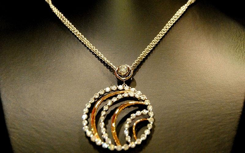 collana oro diamanti