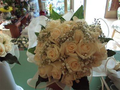 bouquet da sposa di rose gialle