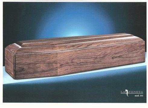 bara di legno scuro