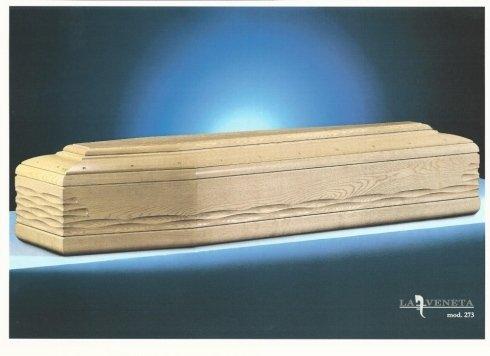 bara di legno chiaro con design di forma di lacrima