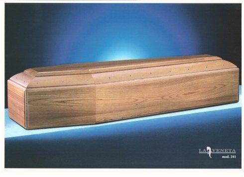 bara di colore legno di pino