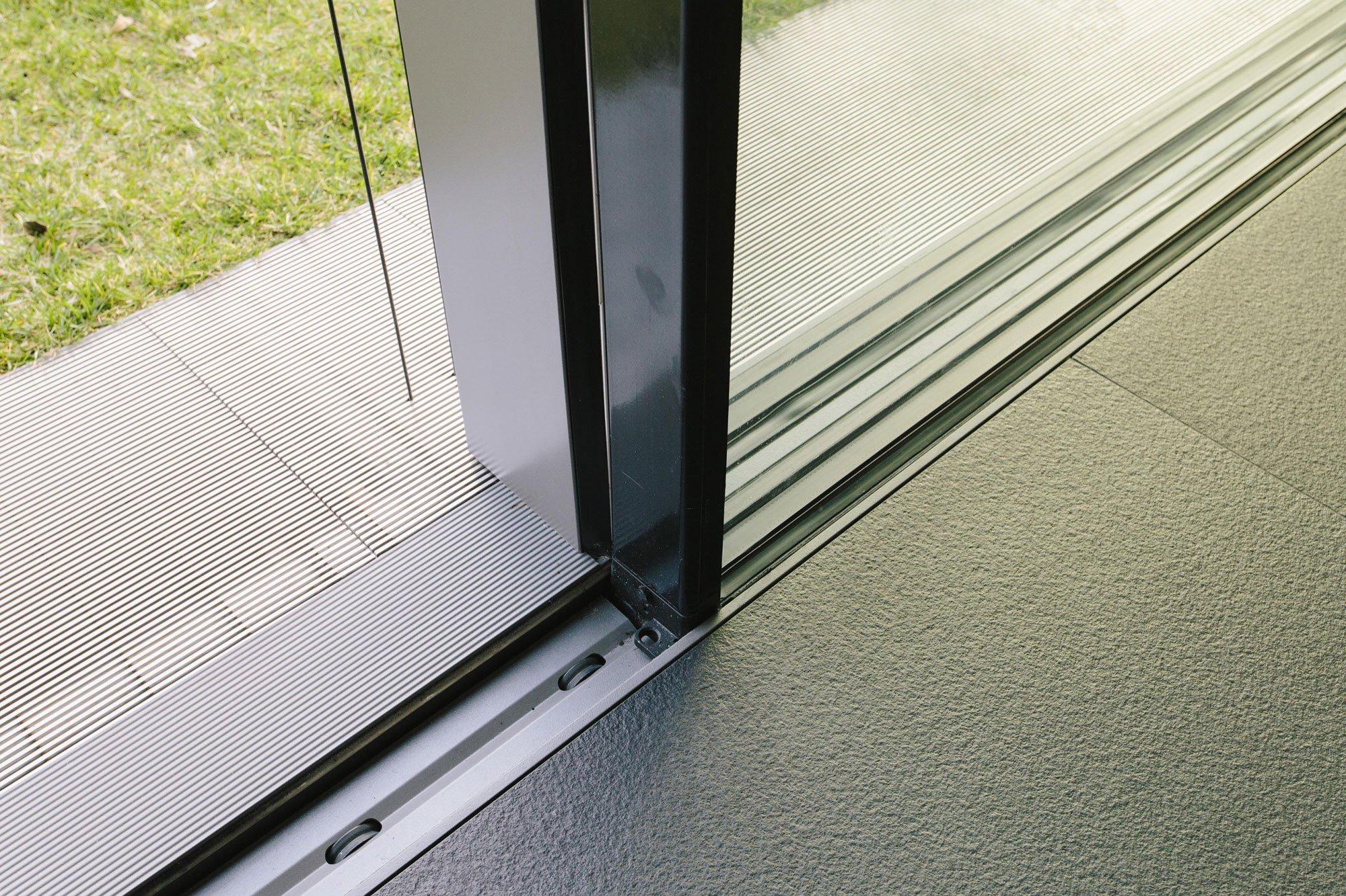 porta scorrevole in alluminio