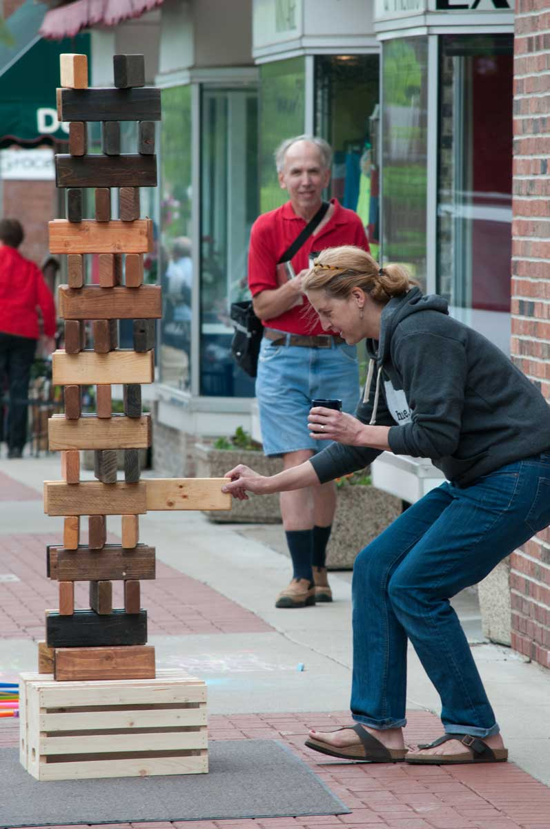 downtown Wausau comes to life with First Thursdays. Experience the world of visual and performing arts, music and retail commingling together in the historic heart of downtown Wausau's River District the first Thursday of each May - September