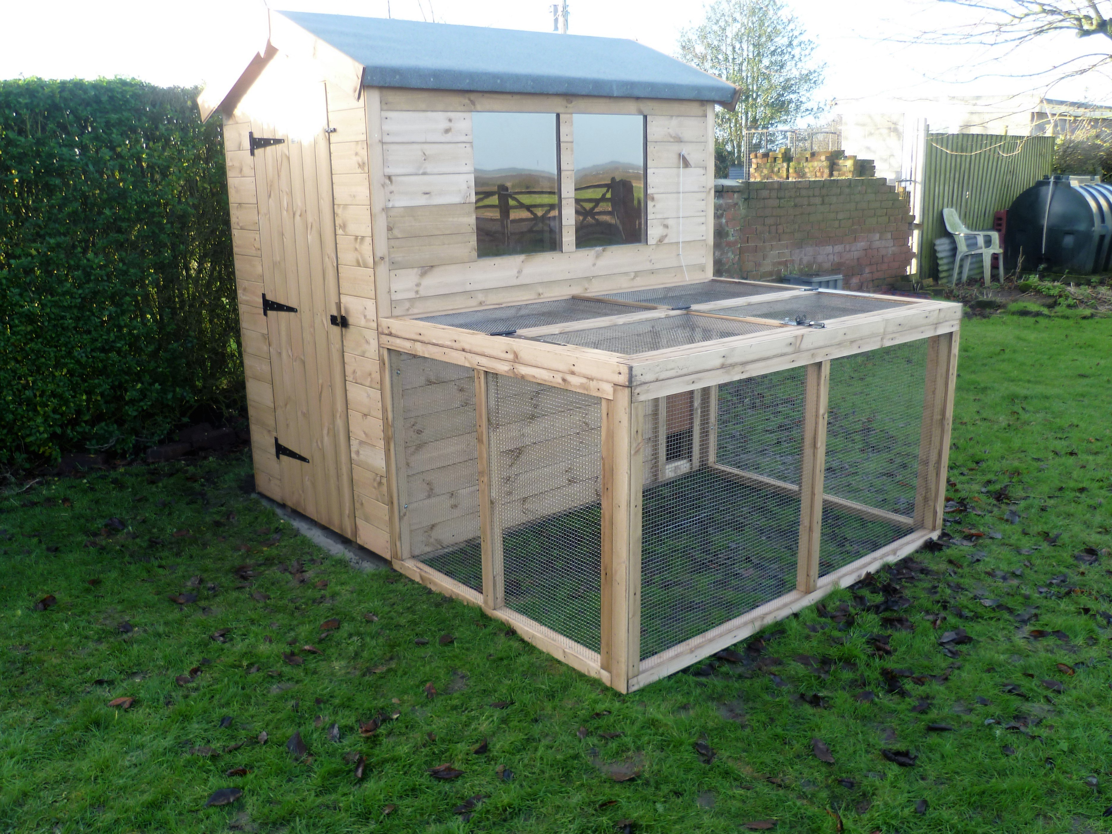 Bespoke sheds garden buildings from sheds now in telford for Bespoke garden sheds