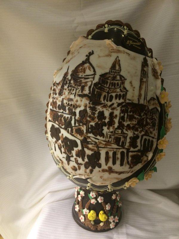 uovo decorato bergamo