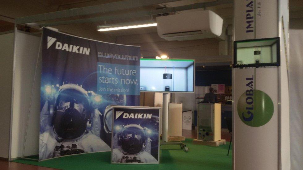 interno dell'azienda con condizionatori Daikin