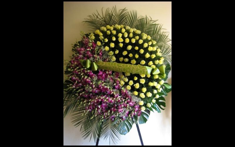 corona funebre con fascia