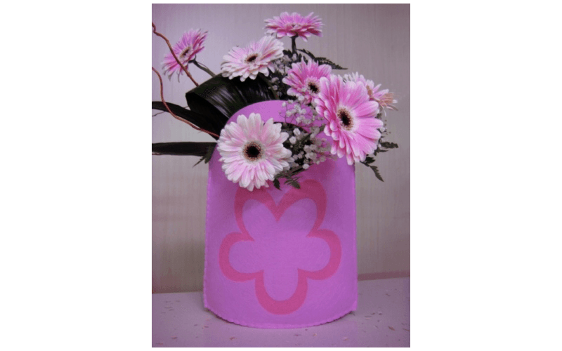 composizione di fiori in sacchettino