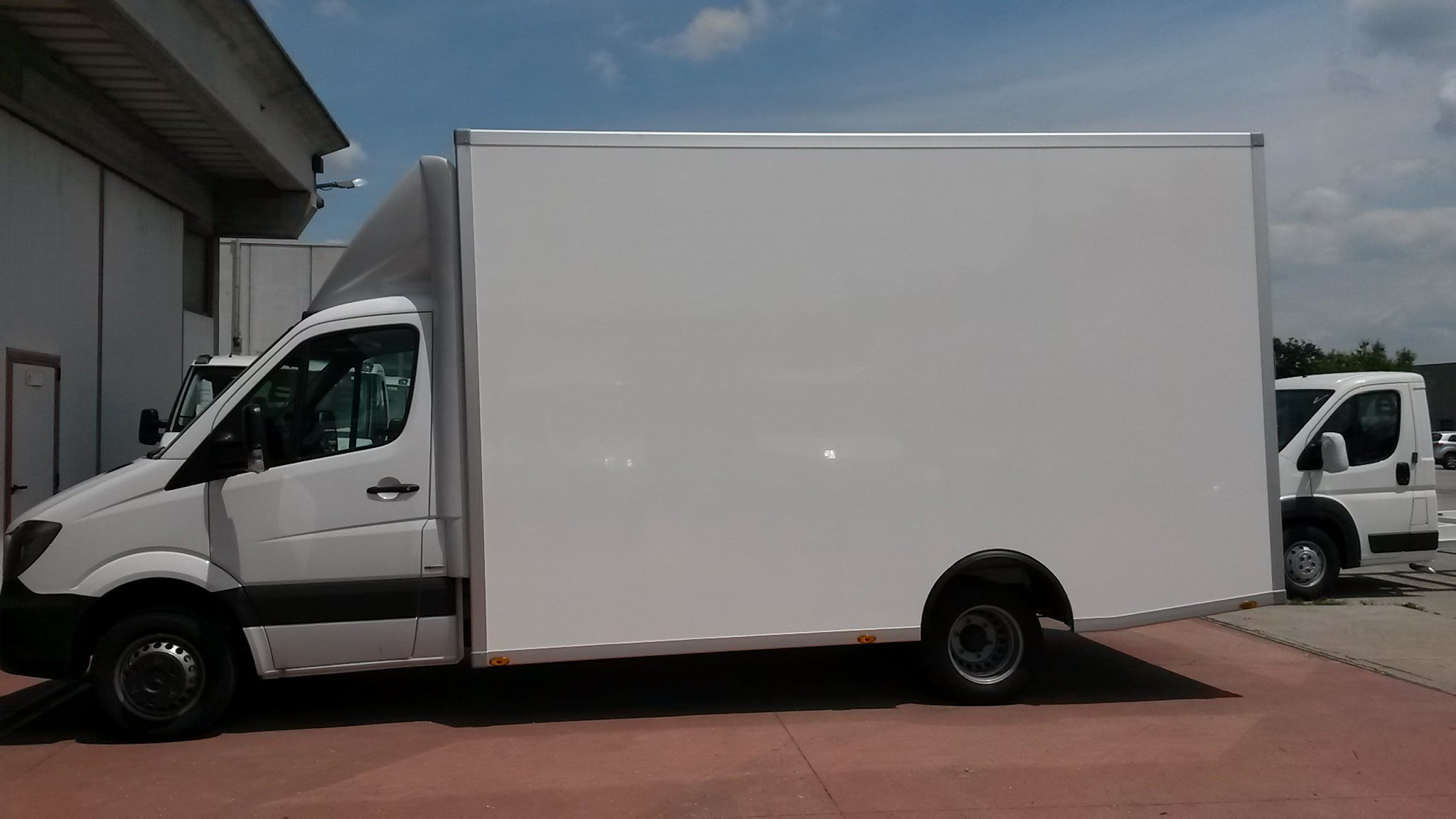 furgone Cella in vetroresina