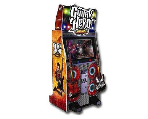 videogame Guitar Hero da sala giochi