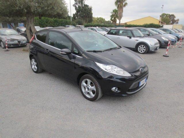 Ford Fiesta nera