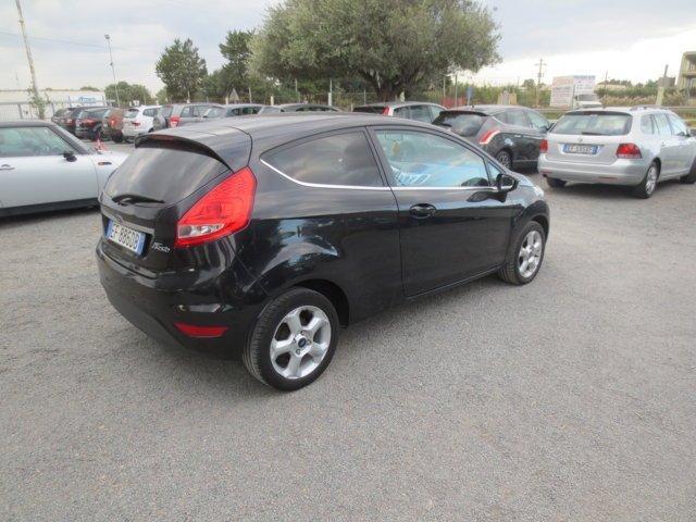 Ford Fiesta usata nera