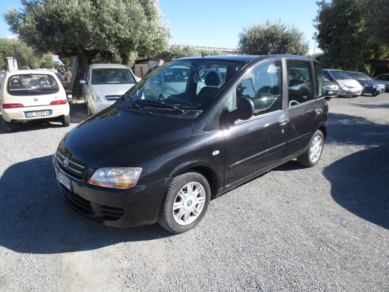 Fiat Multipla nera
