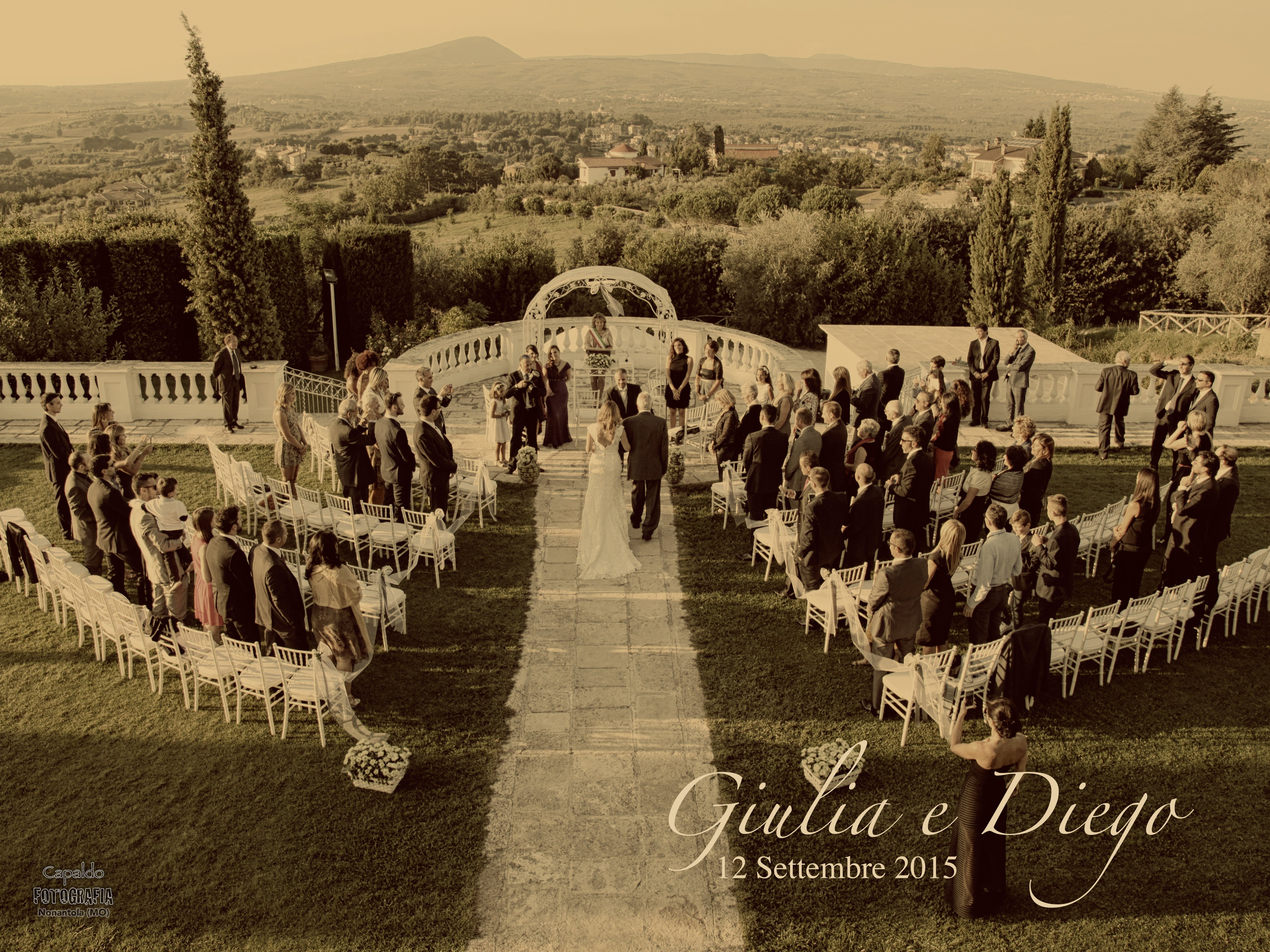 un matrimonio all'aperto