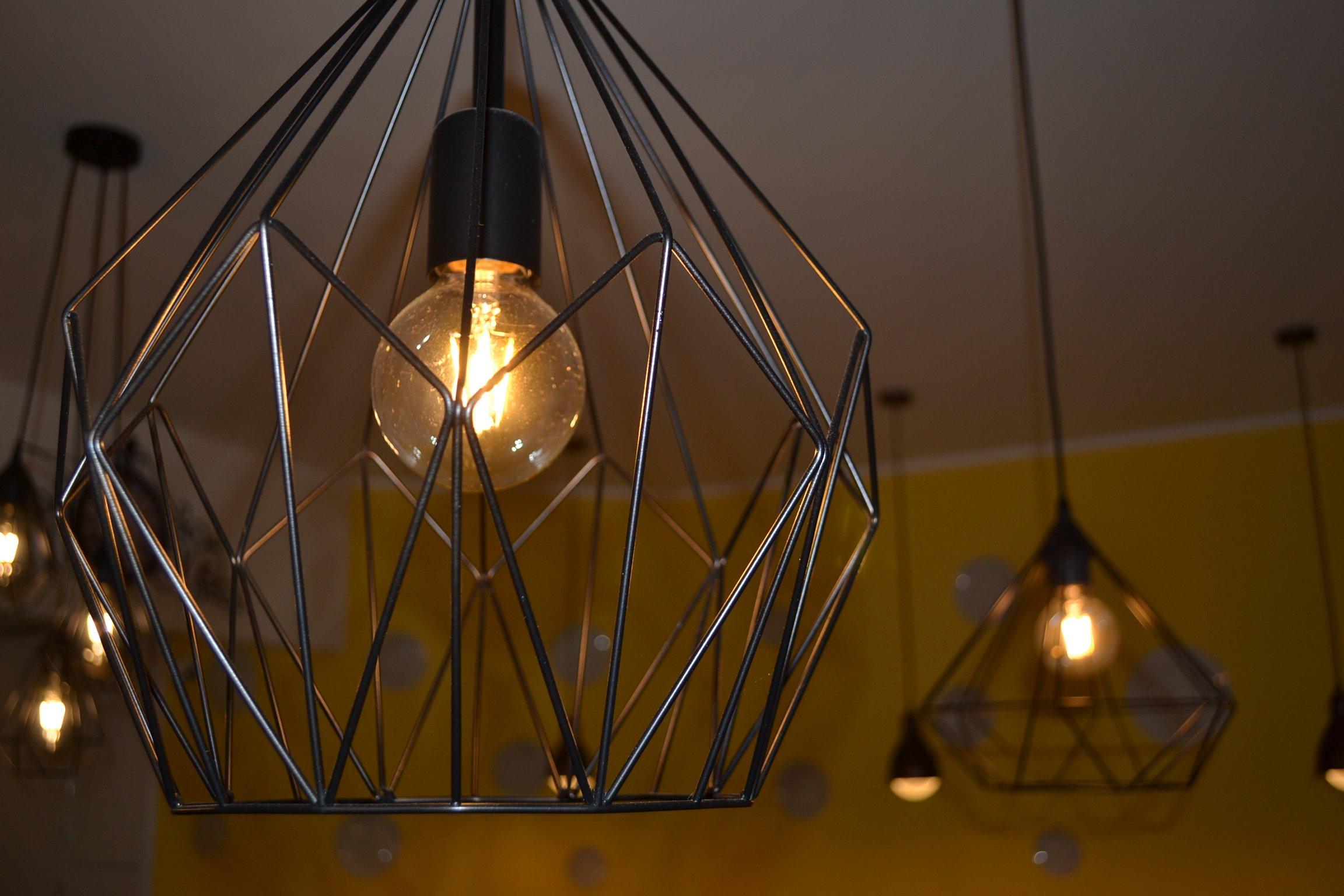 lampada in un ristorante