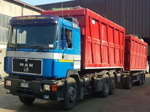 noleggio container per trasporto rifiuti mantova