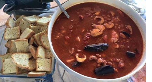 Apetitosa zuppa di pesce