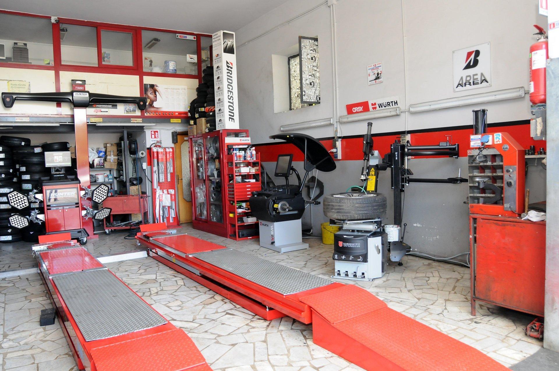 Centro Gomme Moccia - Riparazione pneumatici