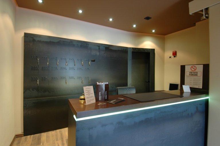 bancone hotel Cuneo
