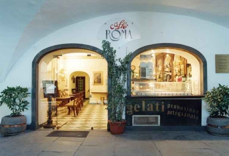 arredamento bar roma