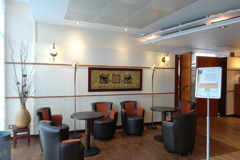 hall hotel Kyriad