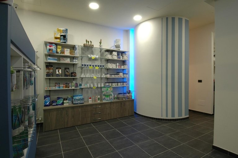 Arredo farmacia