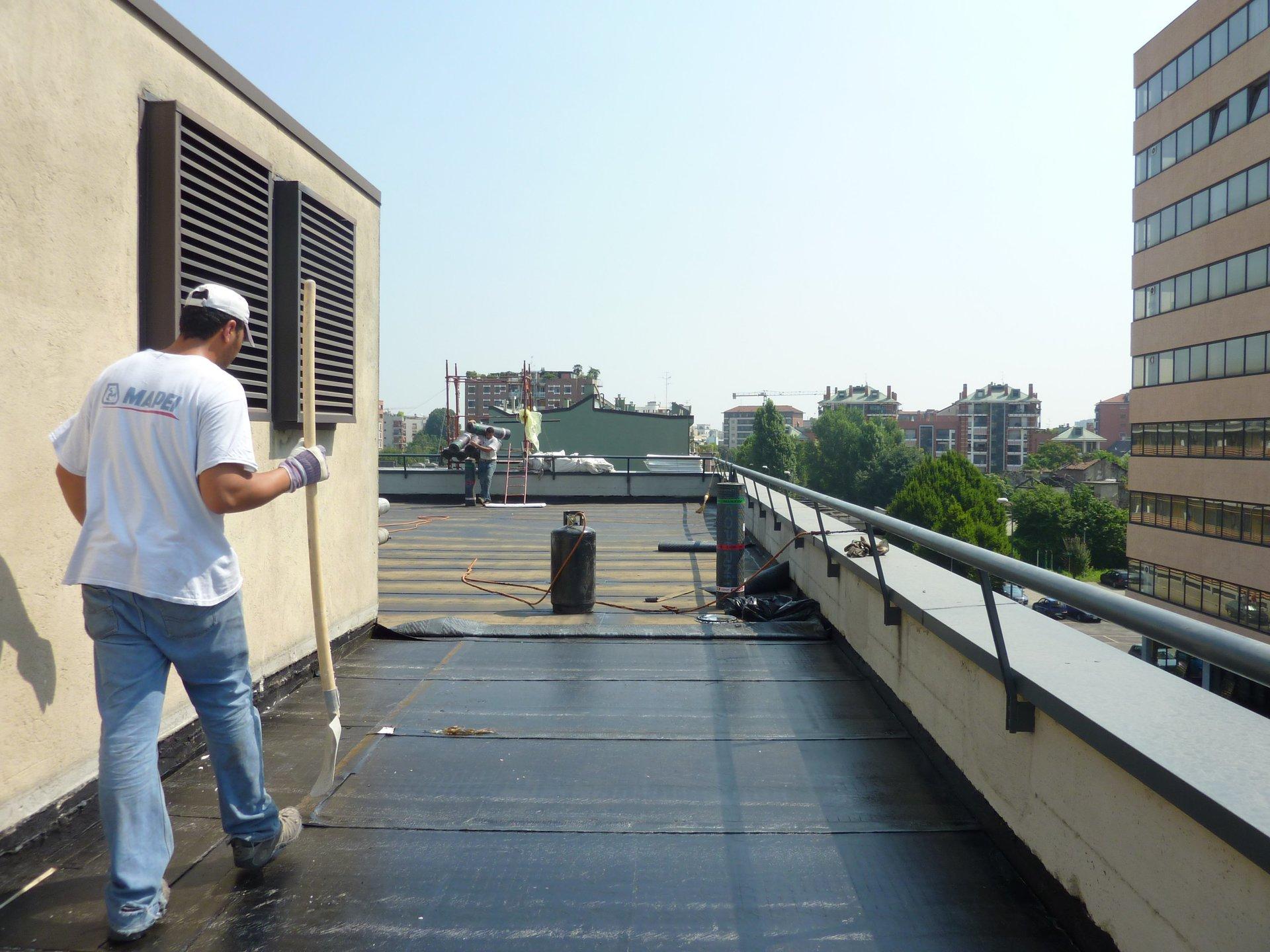 rifacimento tetto condominiale a Milano
