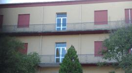 porte finestre, balconi, palazzi e condomini