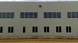 finestre, finestre alluminio, finestre per grandi complessi commerciali