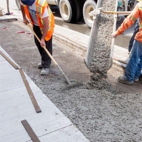 intervento edile di manutenzione stradale