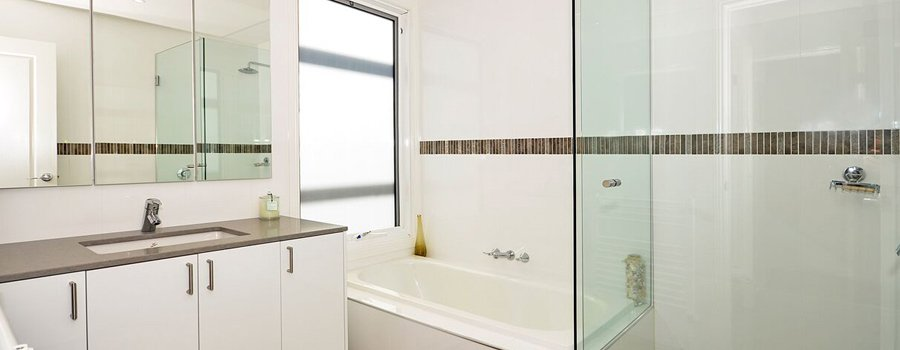 mgs constructions pty ltd white bathroom building