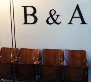 sala di aspetto del negozio di parrucchieri
