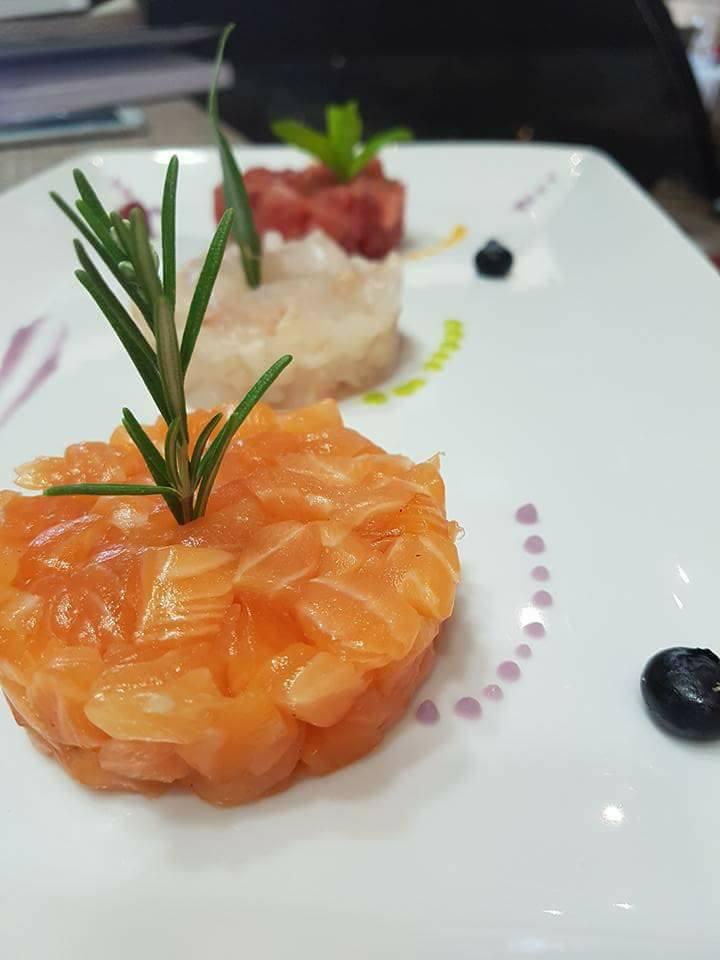 Dettaglio di tartare di salmone