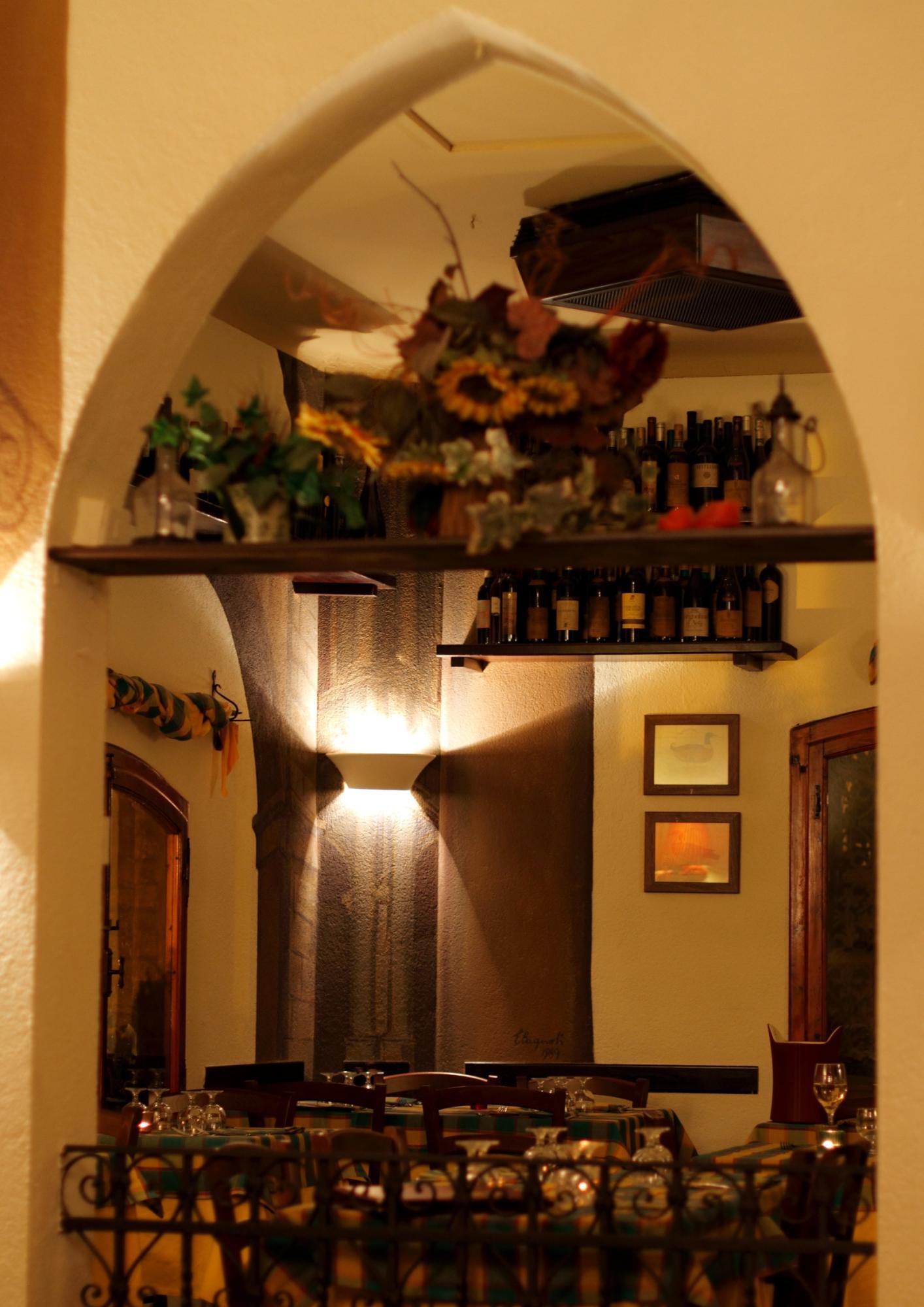 taverna del Postiglione Bologna
