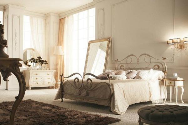 Camera da letto con un letto, un vetro e un tappeto