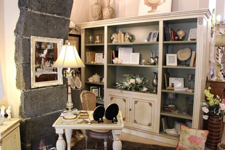 Arredamenti d 39 interni san gregorio di catania casa for Casa antica arredamenti