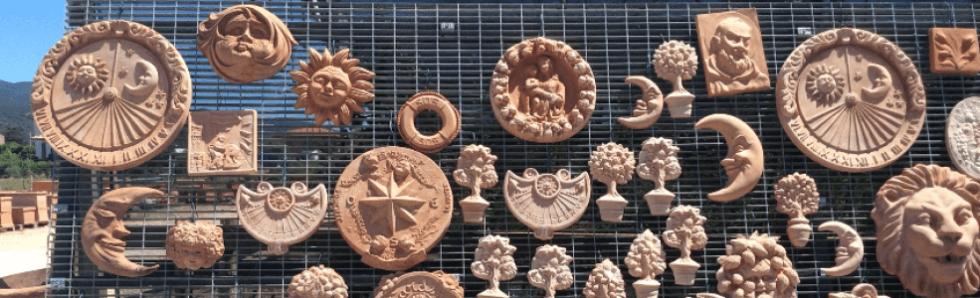 ceramiche attaccate alla grata