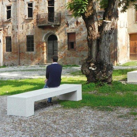Arredo urbano raffaelli eredi alfieri for Produzione arredo urbano