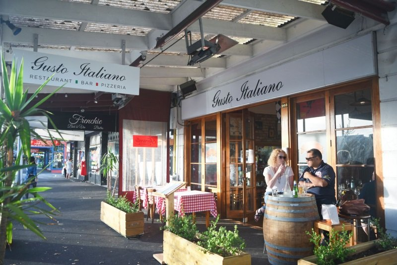 Gusto Italiano outside dining area