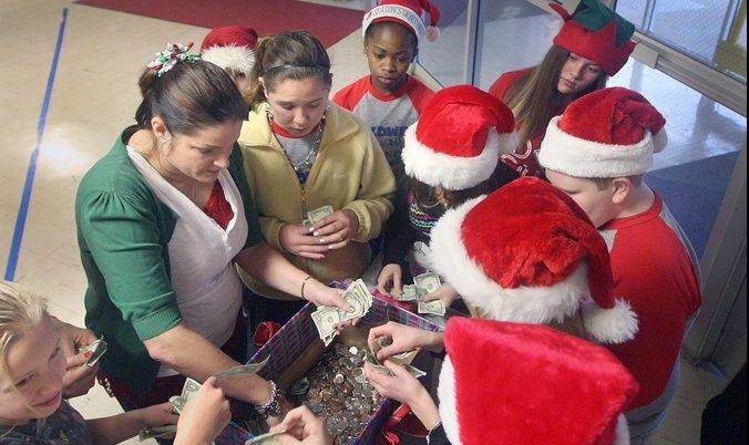 Kids Volunteering Good News of Christmas