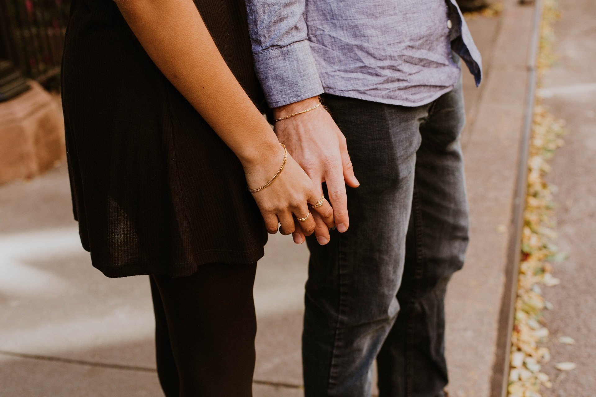 couple holding hands  after relationship counselling